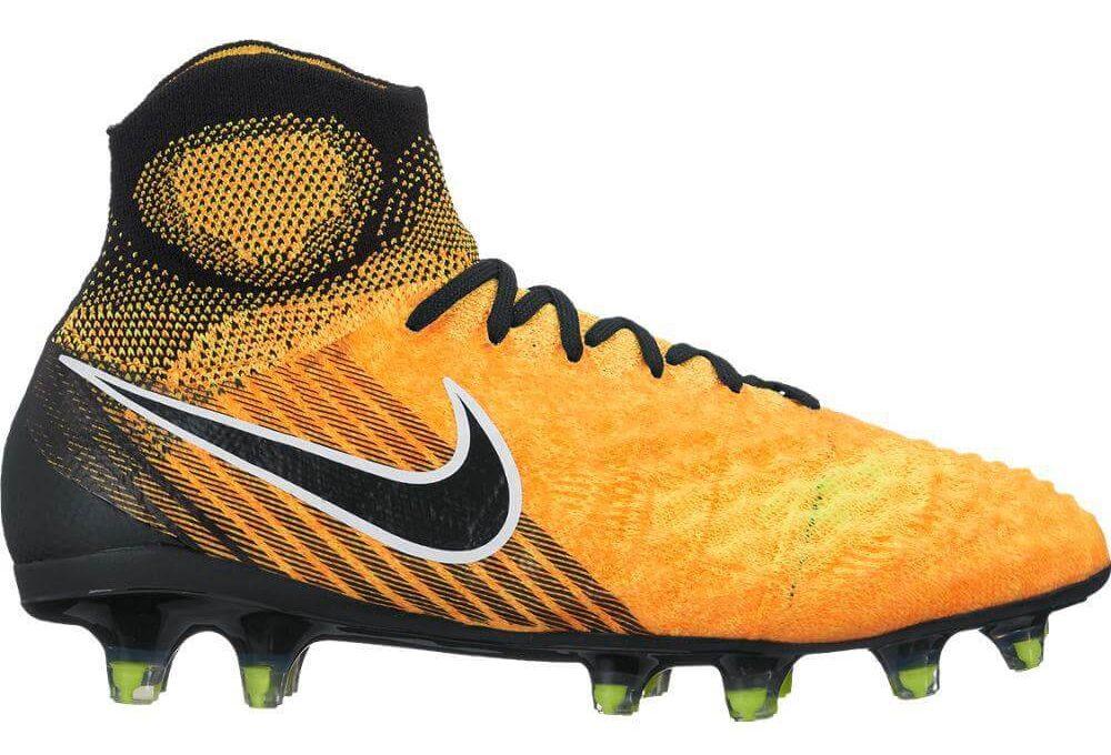 Nike-Magista-Obra-wide-cleats